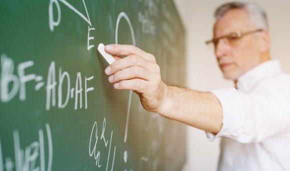 A distância entre a expectativa dos professores e a realidade