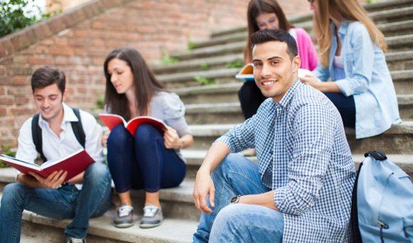 Nível socioeconômico é determinante para o sucesso escolar?